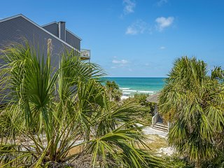 GULF BREEZE Barrier Dunes 15 - LOADED 1st Tier 20 STEPS to Beach *Pools/Tennis