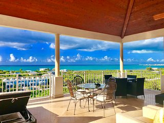 Jola's Ocean Views Penthouse 2400sqft 2BR Central Location