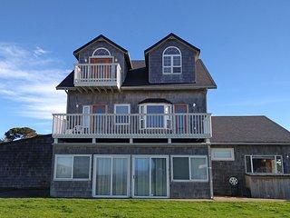 Avanti Beach House