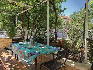 Nice apartment in Medulin w/ WiFi and 2 Bedrooms (CIB493)