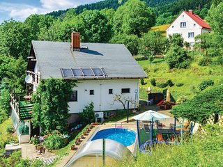 Nice home in Prosec pod Jestedem w/ Sauna, 2 Bedrooms and Outdoor swimming pool