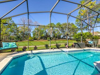 Quiet Lovely Golf Community With Private Pool
