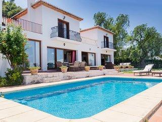 Villa Ficus El Tosalet, Lujoso Chalet con Vistas Panorámicas al Mar