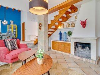 Villa La Siesta, Moderna con AC, Wifi, Piscina y Gran Jardin