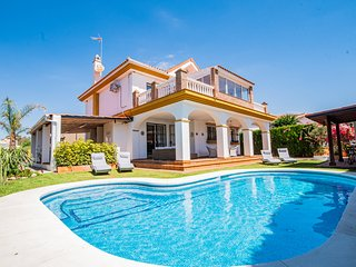 Cubo's Villa Yedra Guadalmar