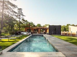 Sublime maison en ossature bois de 130m² avec piscine et jardin
