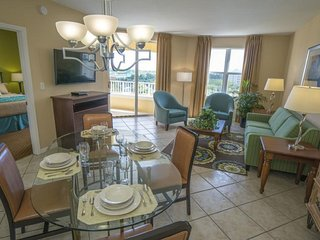 1BR Suite Half a Mile from Bonaventure Country Club