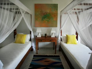 Wonderful Lake view Twin room! Sea Heart House on Koggala Lake