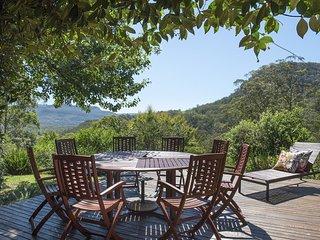 Taliesin - Beautiful 4 bedroom home with amazing views!