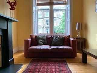 Elegant flat in Edinburgh's leafy East Village