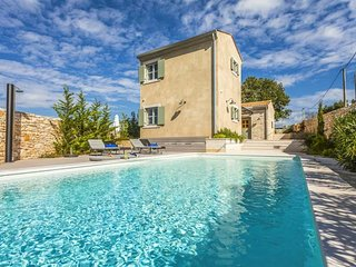 3 bedroom Villa with Pool, Air Con and WiFi - 5808502