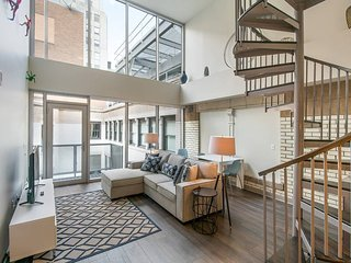 The Griffin  Charming 3 bedroom Penthouse Home in Center City!