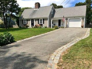 Immaculate Nantucket style cape home near beach!