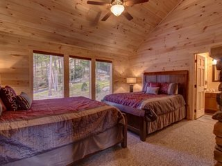 Mountain View Lodge - 9 Bedrooms, 9 Baths, Sleeps 42