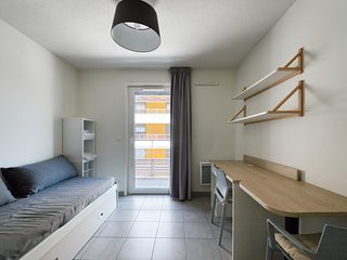Comfortable apartment in the Libération district