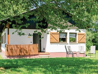 Beautiful home in Thalfang w/ WiFi and 2 Bedrooms (DHU238)