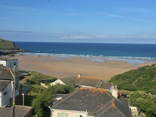 Mawgan Porth holiday house with amazing sea views