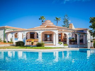 3 bedroom Villa with Pool, Air Con and WiFi - 5808865