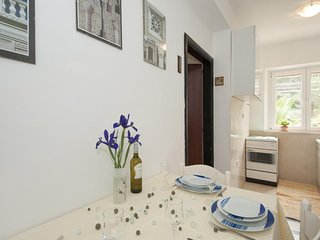 Apartments Kalajzic - Two Bedroom Apartment with Garden and Terrace(A2) (ST)