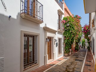 Marbella Old Town luxury New Build Townhouse
