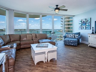 CRB0607 - Spacious Waterfront Condo /w S - Condo