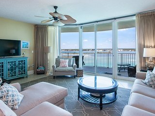 Bay Views from a Private Balcony Oasis | Complimentary Boat Slip
