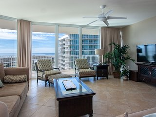 CRC1015 - Unwind in the Spacious Four Be - Condo