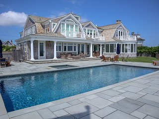 Oceanfront Estate with Pool, Spa, 6,600 sq ft of Sumptuous Summer Living: 047-O