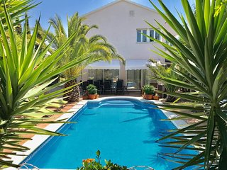 Near Sitges, Exclusive Villa private pool and Sauna,lots of sports  relaxing BBQ