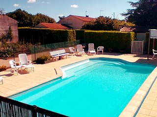 Holiday Gites in the Vendee, Heated Pool, Free WiFi, BBQ, Swings