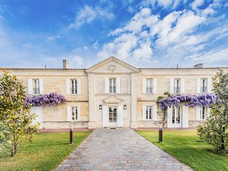 5 bedroom Chateau with Pool, Air Con and WiFi - 5808957