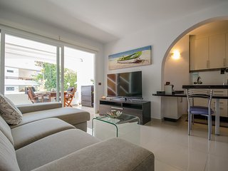 Holiday Apartment Domenico near the San Agustn Beach