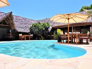 MVUVI Lodge, Kite House - KIWAYU Bungalow
