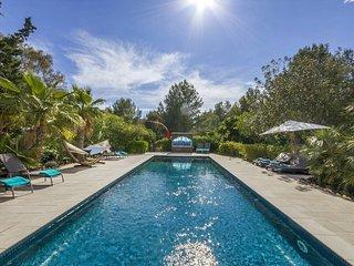 Finca Apollo, luxurious classic Ibizan farmhouse