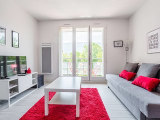Large Studio❤️GEM . Free parking! Terrace #D1