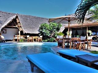 MVUVI Lodge, Kite House - PEMBA Bungalow