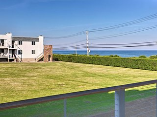NEW-Modern Montauk Condo w/ Pool Access+Ocean View