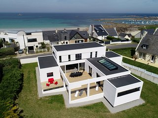 Villa Pool and Beach Bretagne