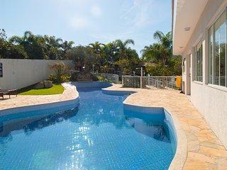 LA041EE-Apartamento para aluguel de temporada - Quatro Ilhas / Bombinhas, SC
