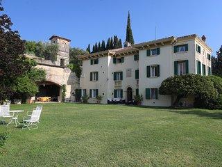 Villa le Grotte - Magnificent villa with pool close to Verona