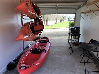 Waterfront on Lake Livingston Kayaks and Fishing Gear Included