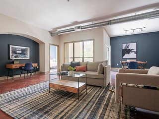 Sonder | Ballpark Lofts | Spacious 2BR + Pool