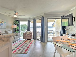 NEW-Lakefront Condo w/Dock, 7 Mi to Hot Springs NP