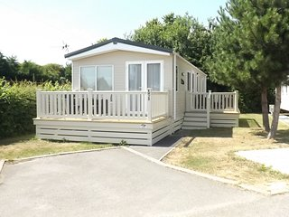 Kingfisher luxury spacious caravan, Hayling island, Hampshire, uk
