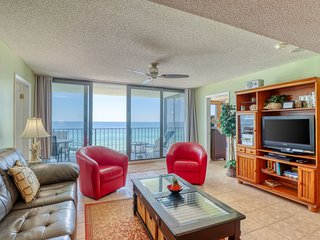 Gulf-front condo w/ a shared pool, beach access & stunning views!