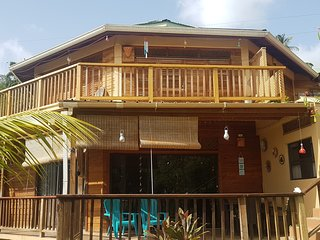 Oceanview apartment 1 br, Roundhouse, Castara, Tobago. Paradise awaits you