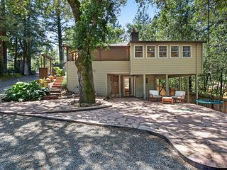 Family-friendly home surrounded by vineyards w/ hot tub & swim spa - dogs OK!