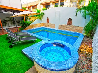 Elegant Private Pool Villa near Walking Street Pattaya