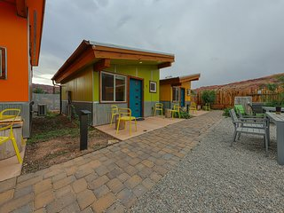 Charming studio w/ shared hot tub - near Arches National Park!