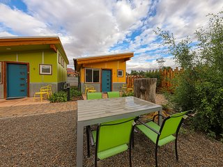 Downtown condo w/ shared hot tub & gas grill near Arches National Park!